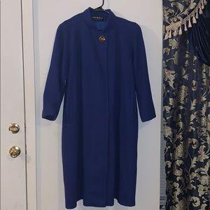 Vintage 1960s coat 100% pure wool
